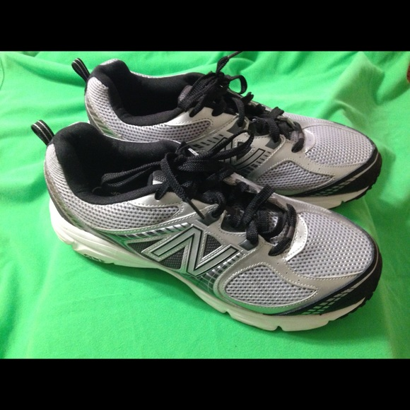 best service c20c8 b10c4 Mens New Balance 540 V2 Running Shoes Black Silver